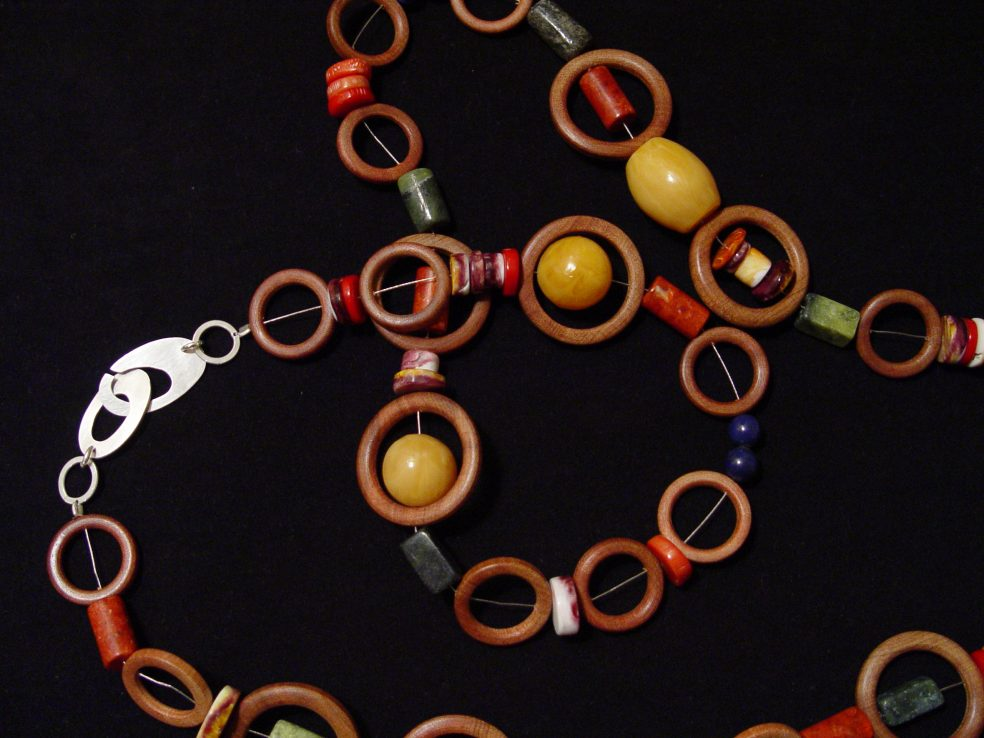 Collar Madera